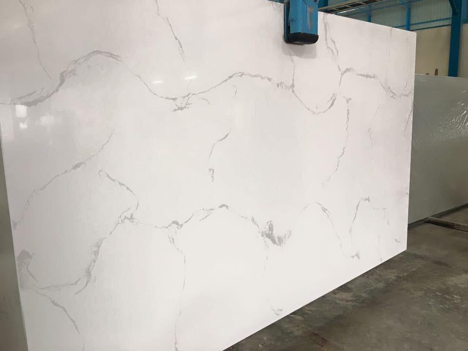 Countertops Calacatta White Quartz 3cm Group 5