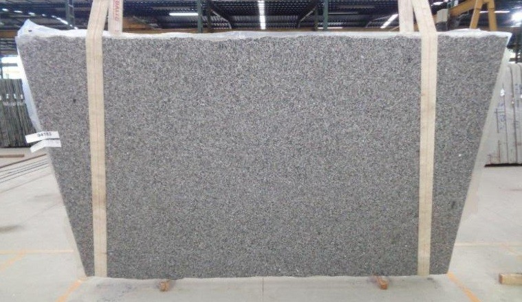 Countertops New Caledonia Granite 3cm Group 1