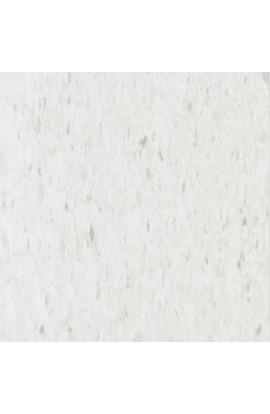 ESSENTIALS COOL WHITE
